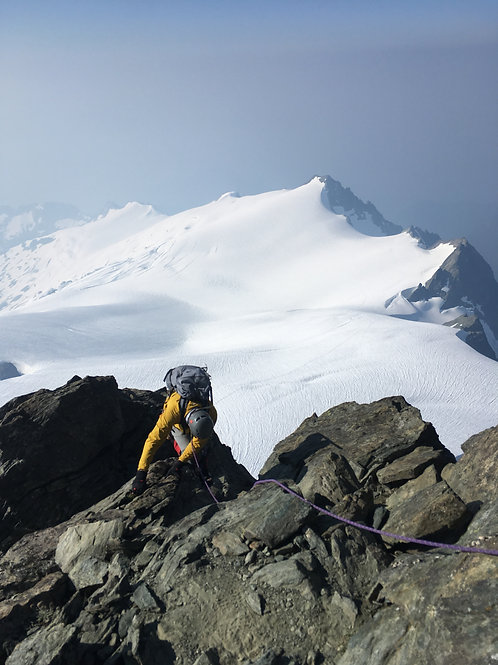Mount Shuksan Fisher Chimneys 4 Day