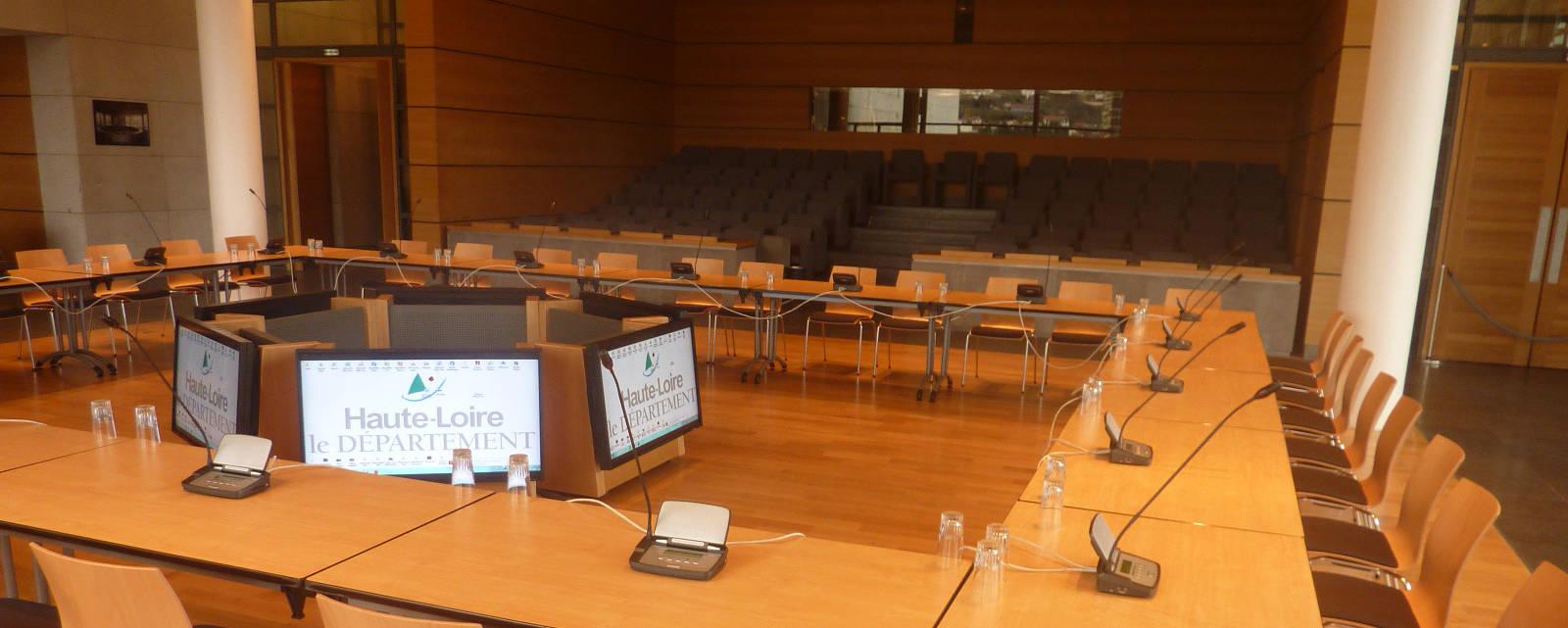 Espace Jacques Barrot - Salle modulable en carré