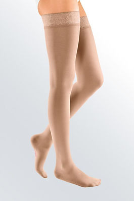 01-stockings-thigh-elegance-main.jpg