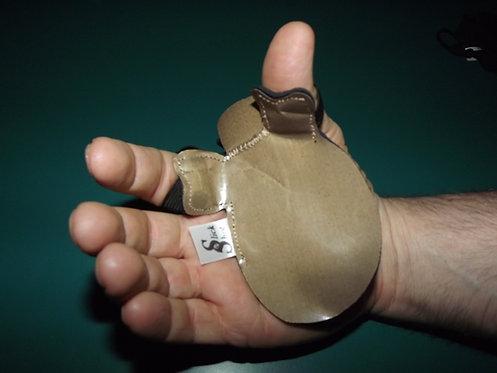 Low/Medium Wrist Slick Shot - LEFT hand shooter