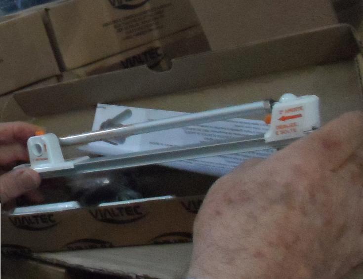 Kit Top Line - braço articulado/Jornal do Vidro