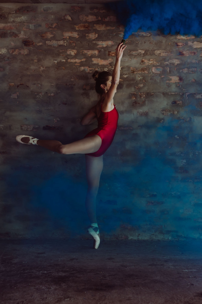 Sulindi | Ballet Parking lot Session