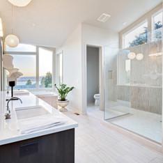 Badezimmer, Fertigstellung, Sanierung, Komplettsanierung