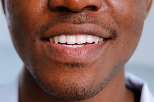 Sorriso de um homem