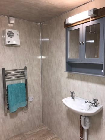Lapwing bathroom