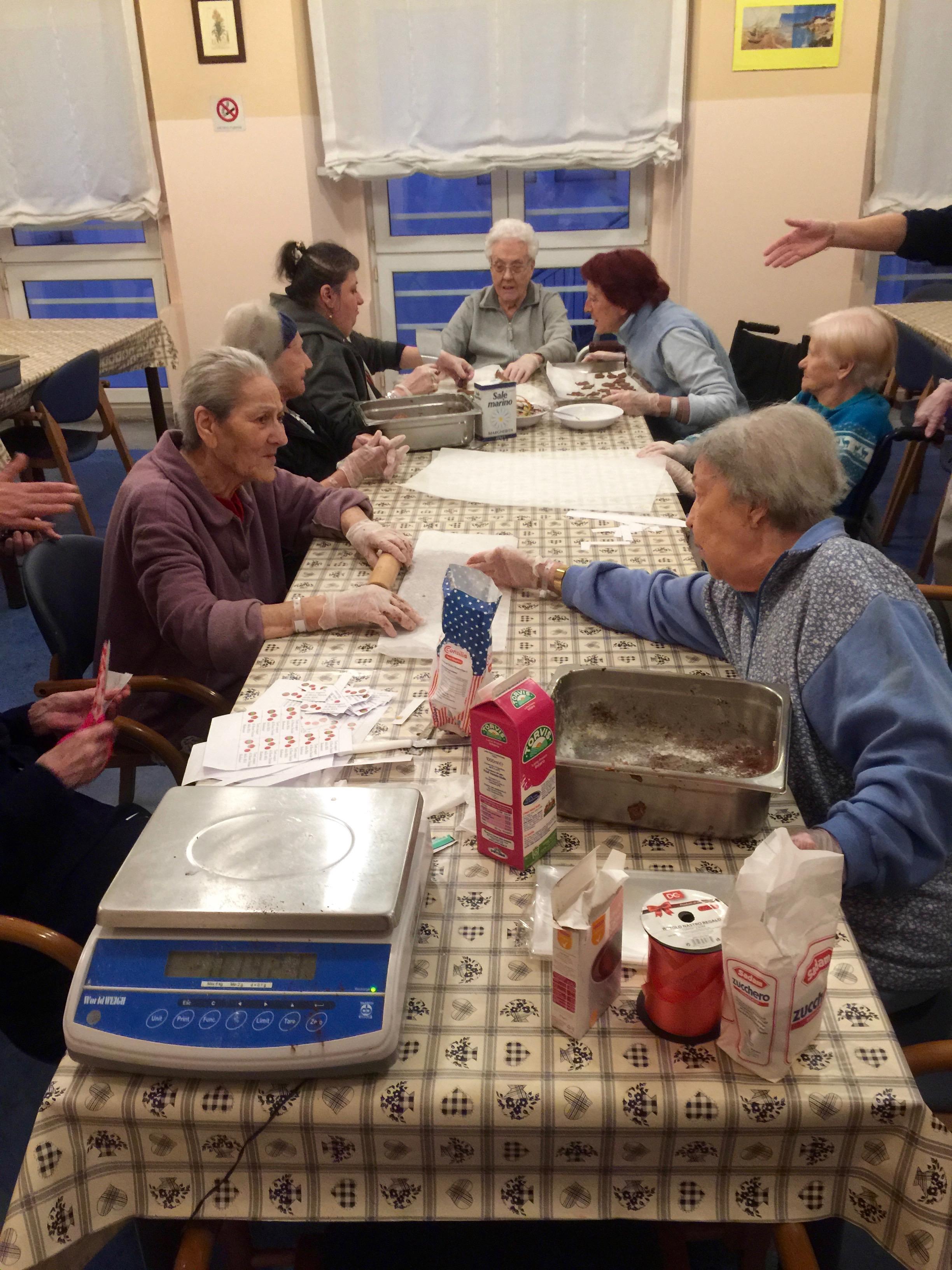 La preparazione dei biscotti al cioc