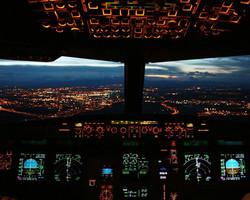 Airbus-A320-Cockpit-2.jpg
