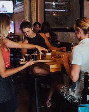bar_bartender_beer_drinks_group_indoors_