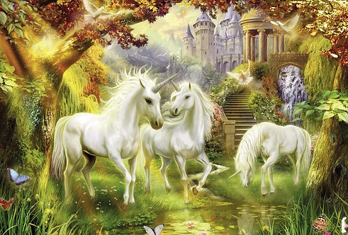 Белые сказочные лошади