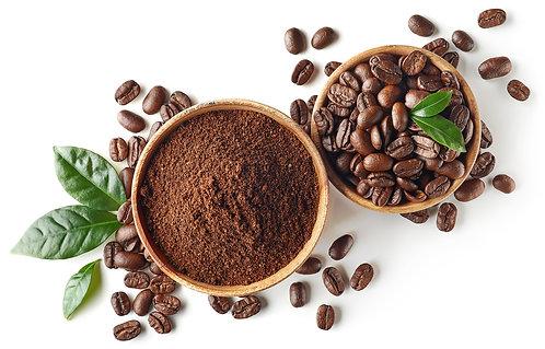 Миска молотого кофе