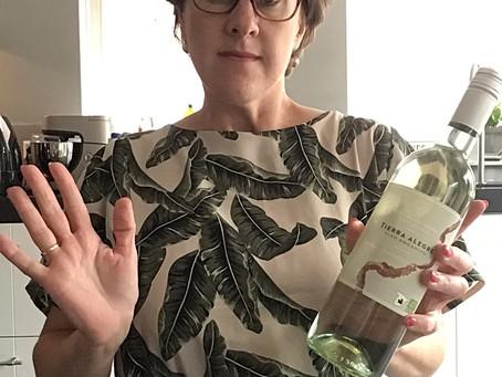 Help! Ik krijg een fles wijn!