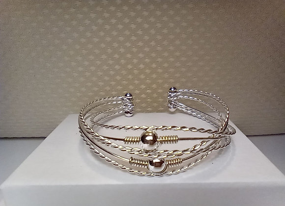 6 orbits bracelet