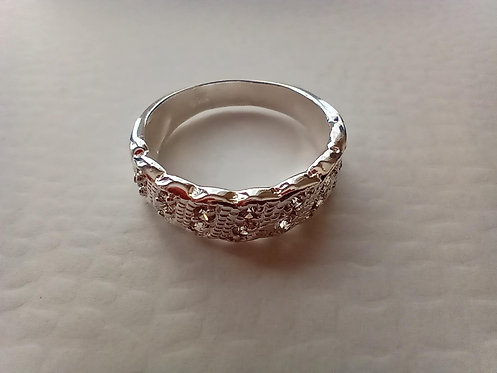 Zirconias ring #6.5