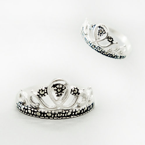 Princess crown marcasite ring #7.5