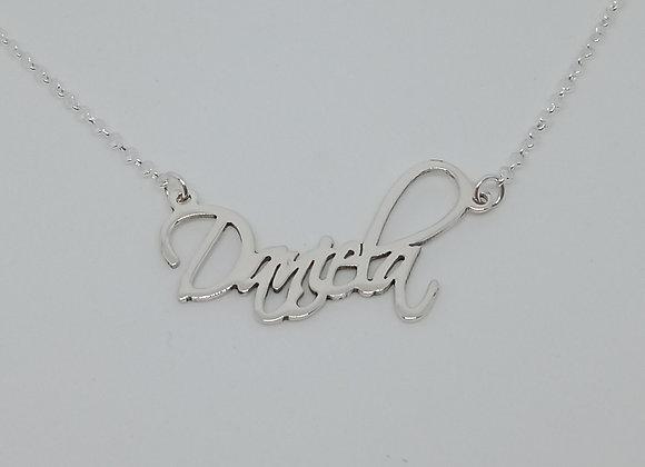 Collar con nombre   Daniela
