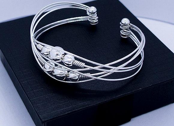 6 orbits big ball bracelet