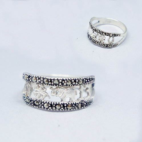 Lucky marcasite ring #6.5