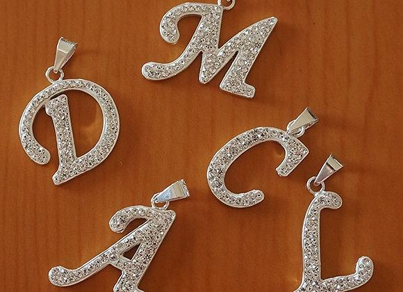 Dije letra con cristal | 3cm