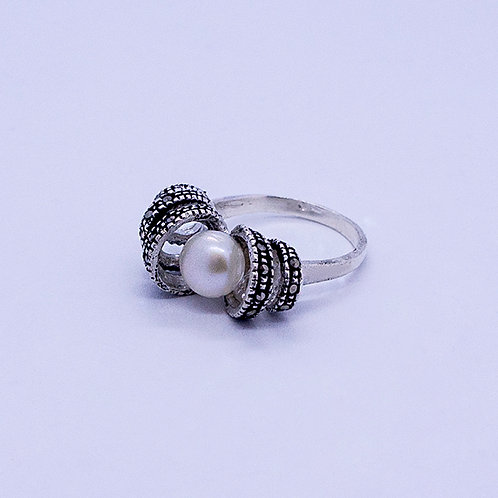 Marcasite with pearl ring #9.5