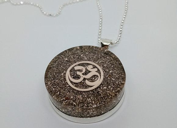 Orgonite necklace | ohm