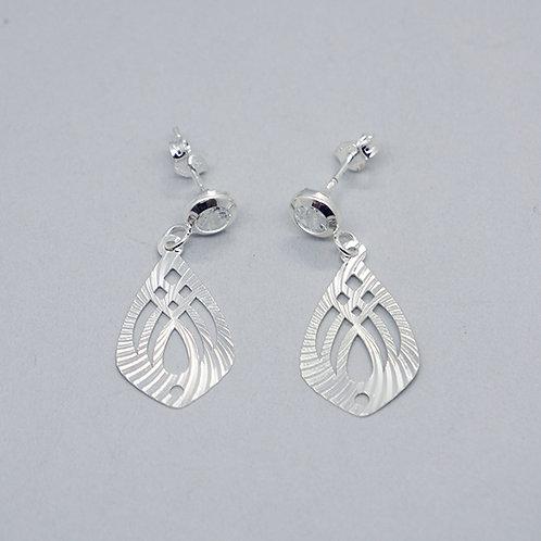 Diamond-cut rhombus earrings