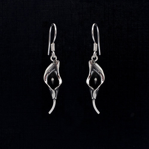 Calla Lily drop earrings
