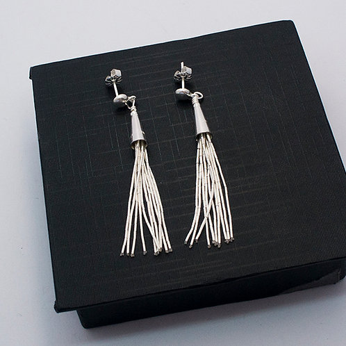 Liquid silver earrings | 10 threads