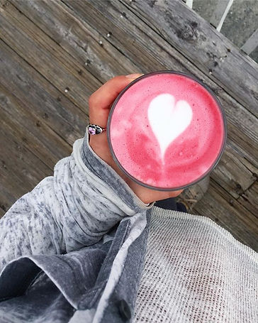 beet latte with almond milk_♥️