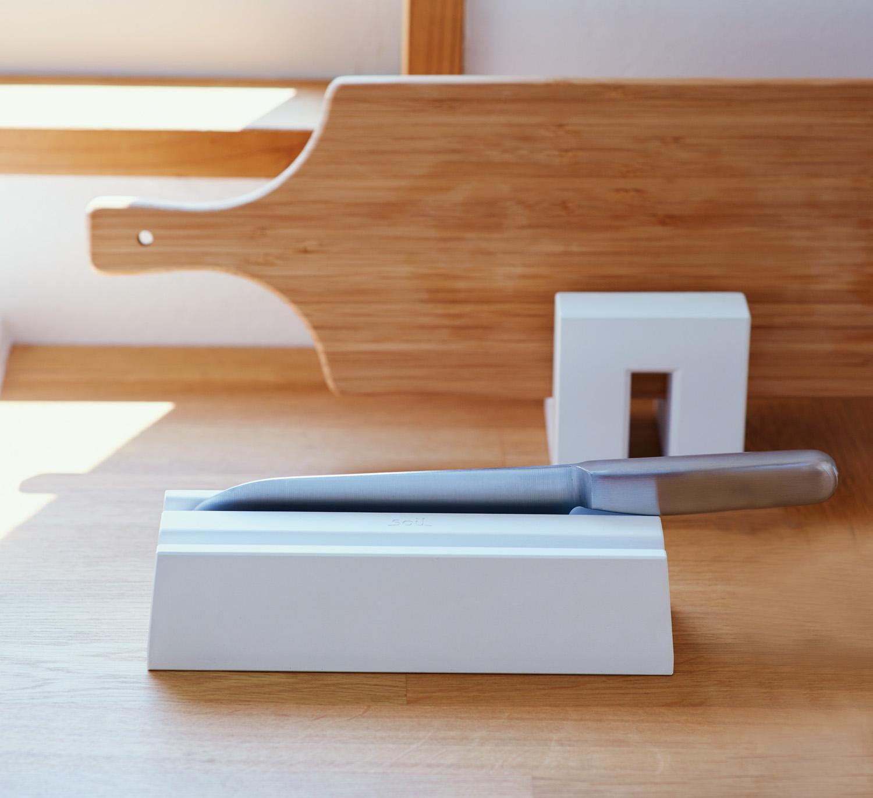 Knife-01main-mn