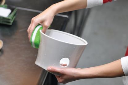 丸洗いできる七輪カバー