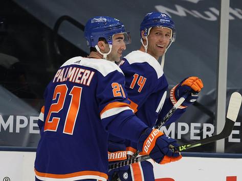 Islanders Edge: Sorokin stellar as Isles defeat Flyers in shootout, slide into first place