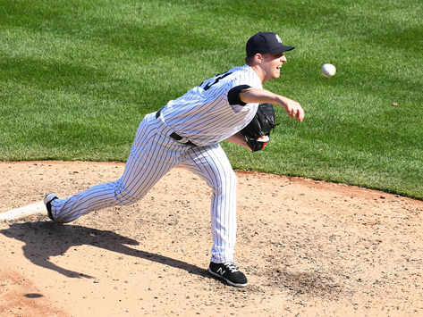 Yankees shut down by Jays, drop opening series