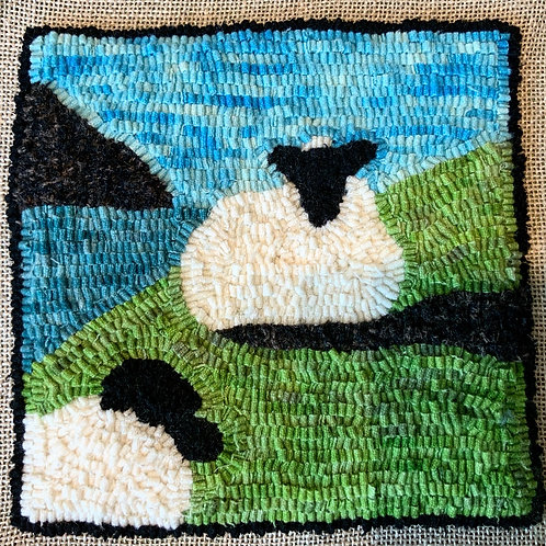 "Rug Hooking Kit - ""Sheep by the Sea"""