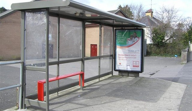 Swann praises Council on bus shelter moves