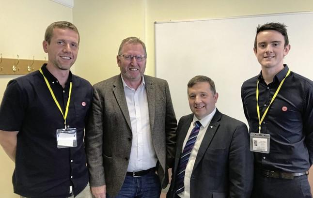 Ulster Unionists meet representatives of Irish language community