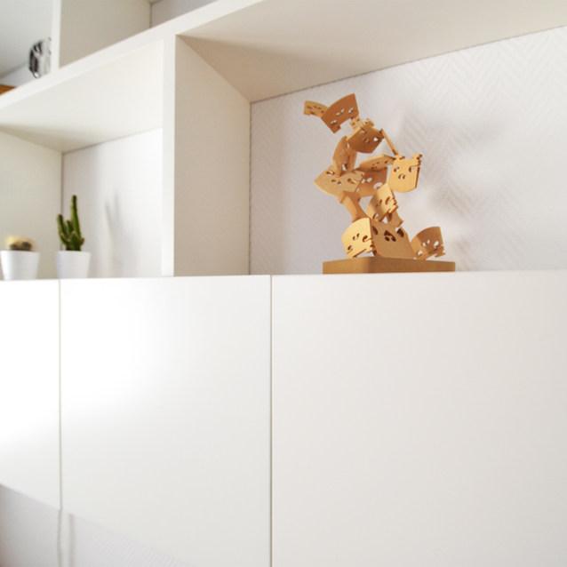 Un bureau tout en blanc