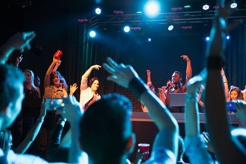 Live Entertainment Club 3