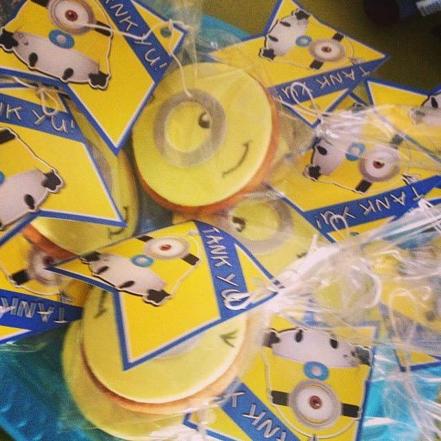Party favors Sugar cookies minions