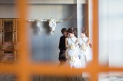 14 свадебная фотосессия в студии (3)