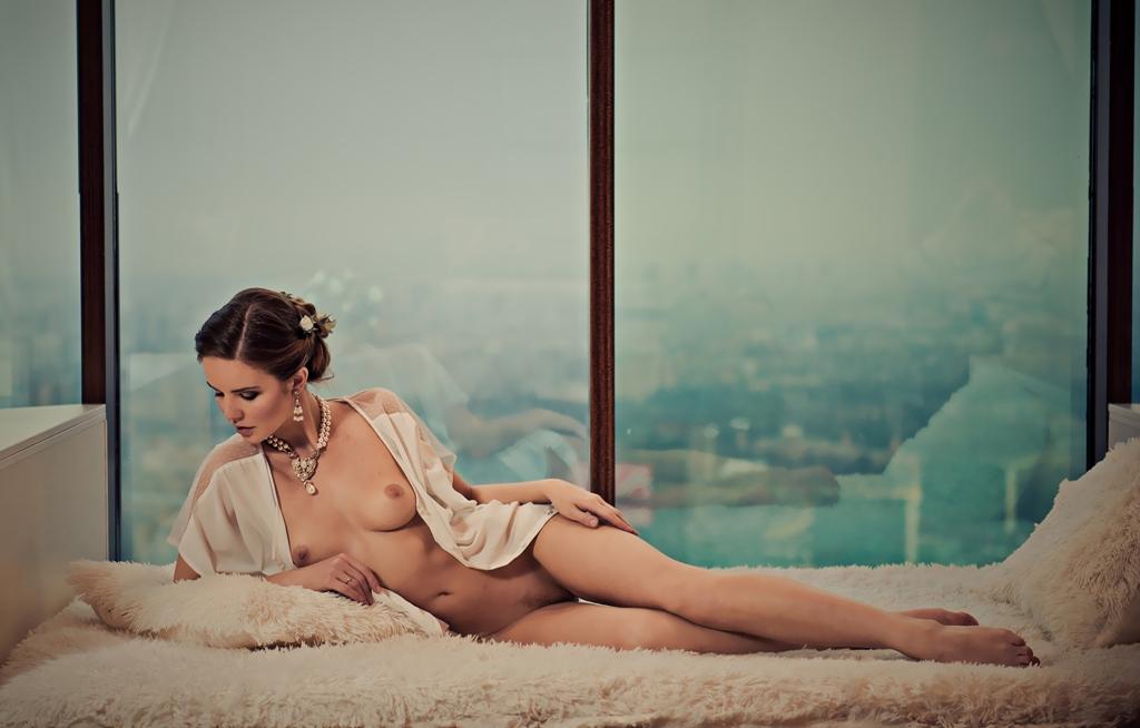 nude (7).jpg