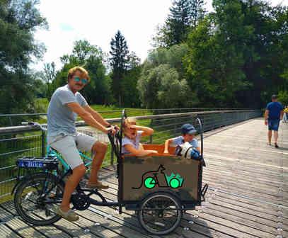 canguro e-bike ideale per trasportare fino a 4 bambini, con cinture di sicurezza