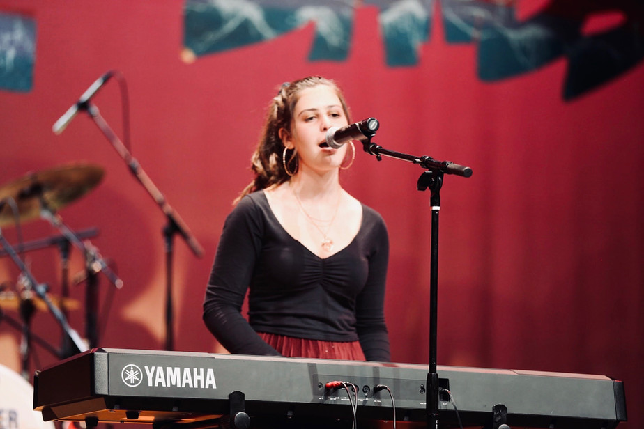 julia at the 2020 jcc battle of the bands