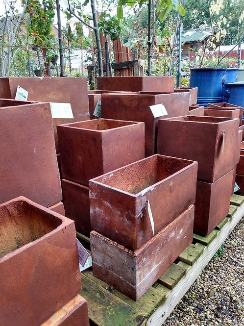 Rusty terracotta square pots. Prices from: