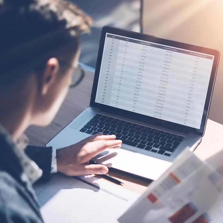 Recherches d'experts et d'entreprises sur Internet