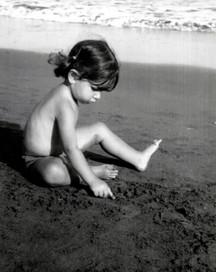Dibujo en la arena.
