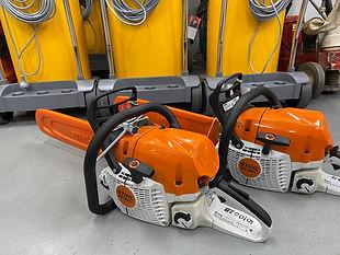 petrol chainsaw.jpeg