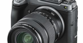 """FUJIFILM GFX 100 , la """"Super Full Frame"""" da 102MP."""