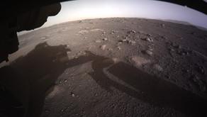Il rover Perseverance della NASA, ha inviato la sua prima immagine da Marte a colori