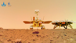Il rover cinese Zhurong invia le sue prime immagini dalla superficie marziana