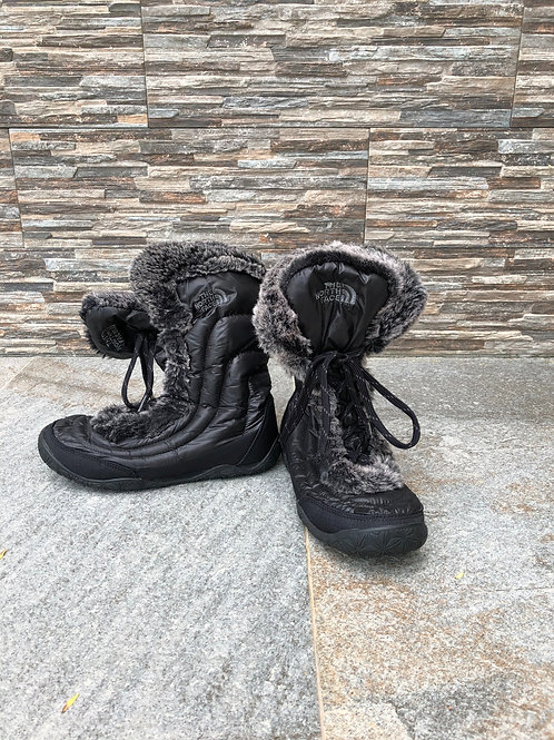 The North Face Snow Boots, size US 6